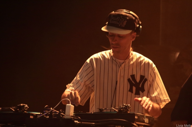 DJ Nuts por Lívia Mello